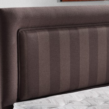 ERIMA upholstered bed